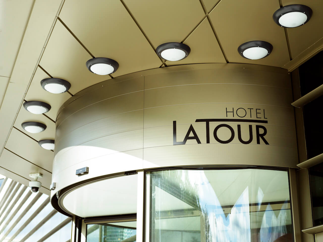 External graphics at Hotel La Tour to mark the main entrance