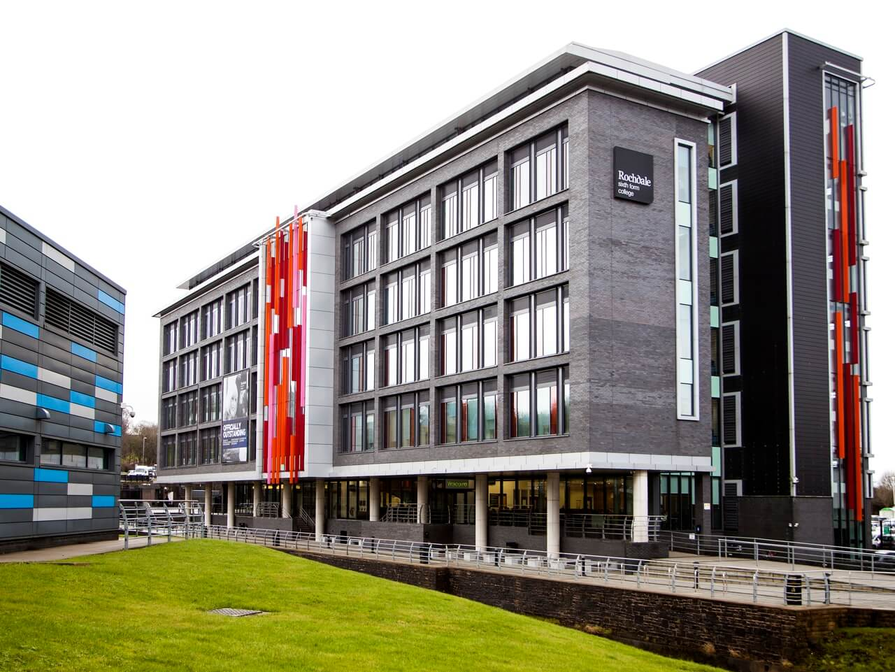 External view of Rochdale Sixth Form College
