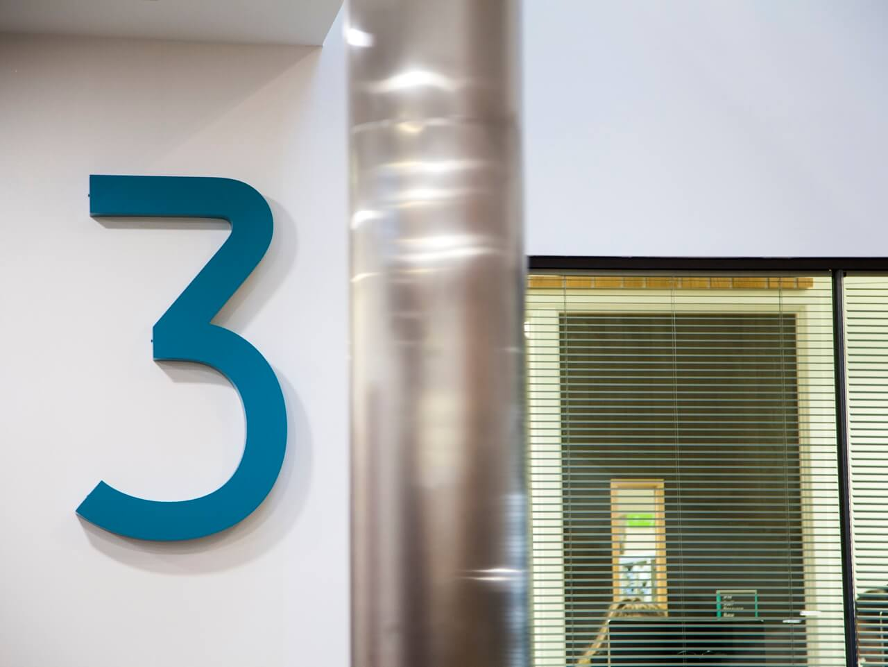 3D signage and wayfinding at Rochdale Sixth Form College